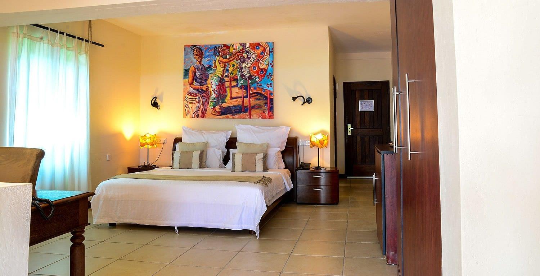 Bahari Beach Hotel Cheap hotels in Mombasa