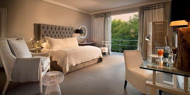 Best Hotels in Sandton: AtholPlace Hotel & Villa