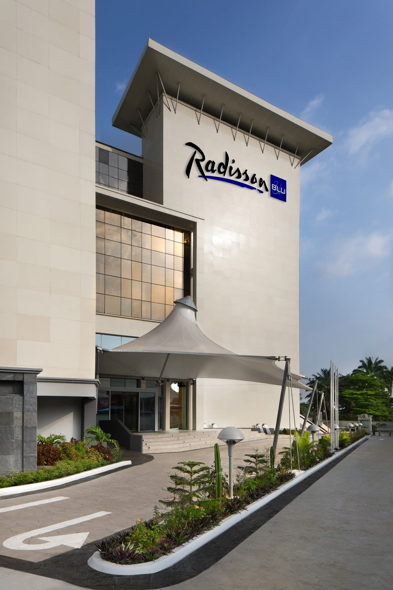 Radisson Blu - Best Rooftop Bars in Lagos Nigeria
