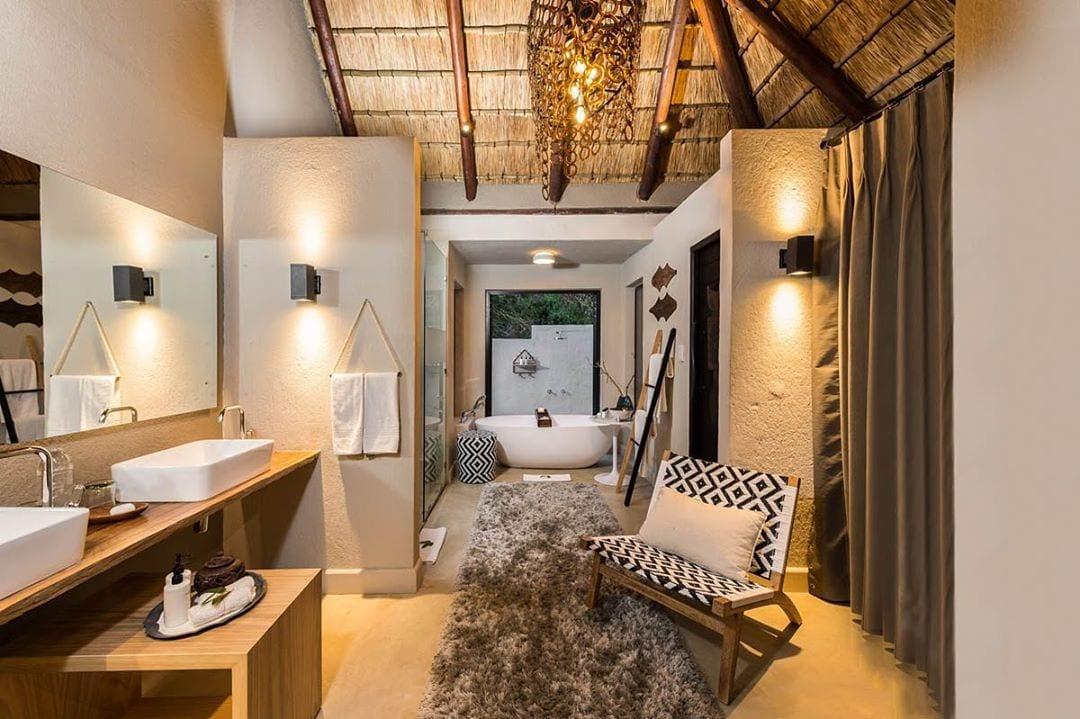 African bathroom inspo