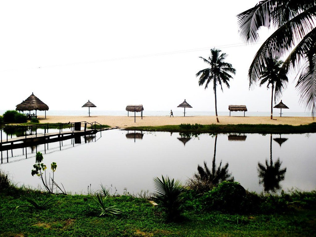 BusuaBeach Resort