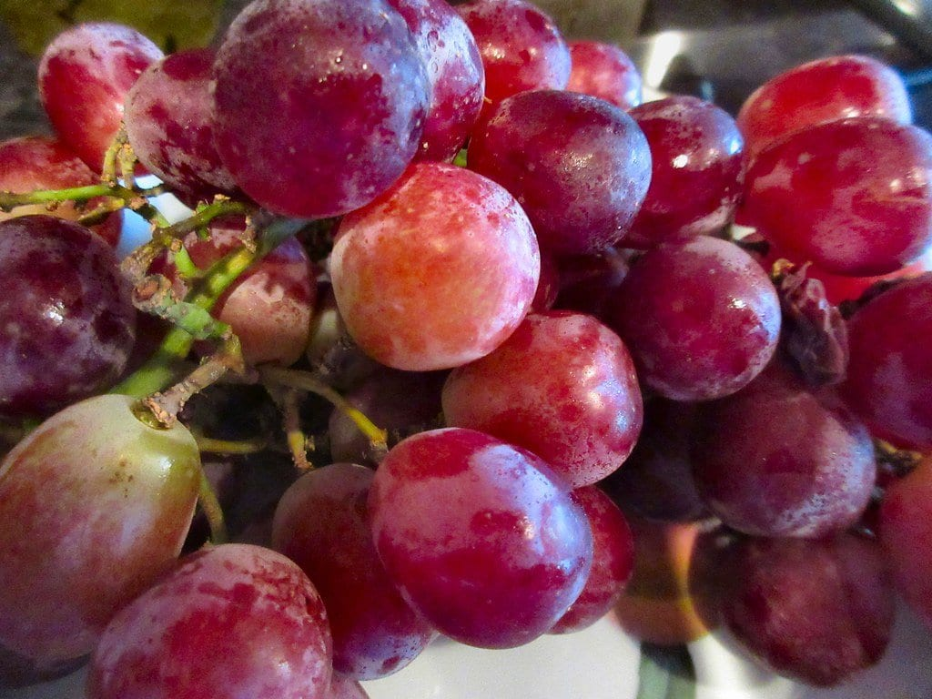 grapes healthiest fruits
