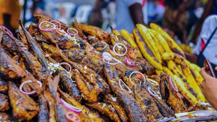 nigerian food bole and fish